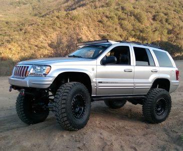 Image X on Jeep Grand Cherokee Winch Bumper